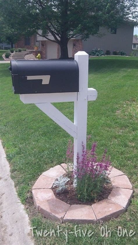 Mailbox Garden Ideas 17 Best Ideas About Mailbox Makeover On Pinterest Mailbox Ideas Mailbox Post And Mailbox