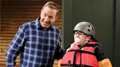 Last Man Standing Sneak Peek: Mike Baxter Preps His Grandson.