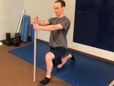 1 2 kneeling hip flexor mobilization with foam