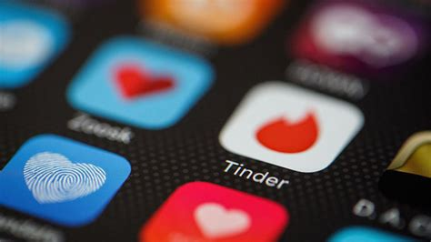 10 Alternative Dating Apps To Tinder - Esquire.