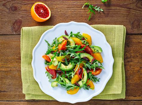 @ 100 Healthy Raw Snacks And Treats.