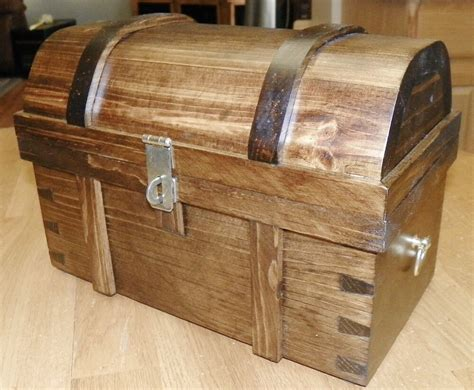 13 Inch Treasure Chest Plans