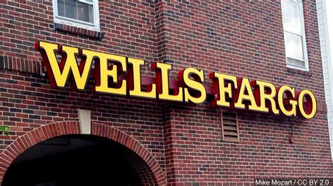 Credit Card Atm Pin Wells Fargo 5300 Wells Fargo Employees Fired Over 2 Million Phony