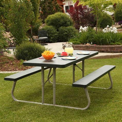 6 Foot Folding Picnic Tables