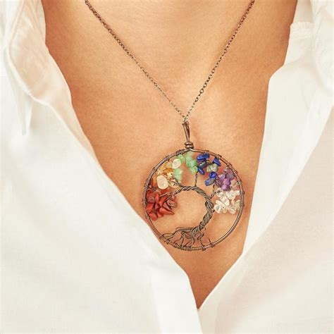 [click]7 Chakra Tree Of Life Necklace   Earth Healing Stones.