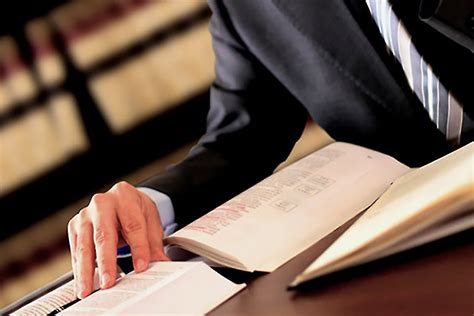 Corporate Lawyer Qualities 7 Qualities To Look For In A Lawyer Entrepreneur