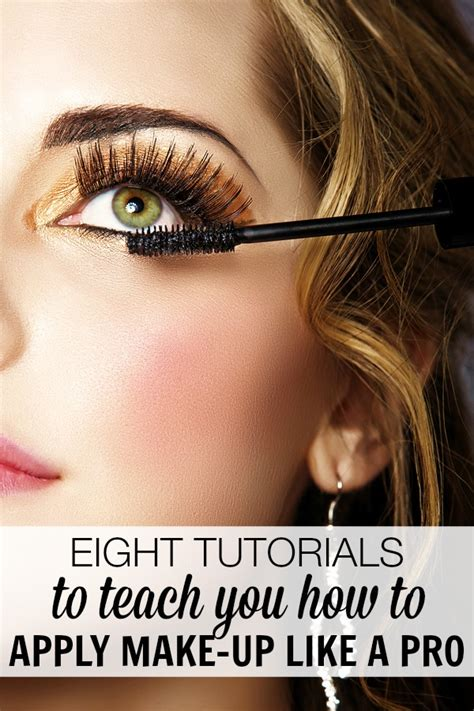 @ 8 Tutorials To Teach You How To Apply Make-Up Like A Pro.