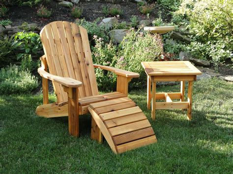 Adirondack Bench With Table
