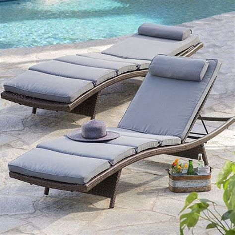 Amazon Com Gray Wicker Chaise Lounge.
