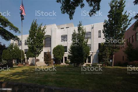 Bend Oregon Courthouse