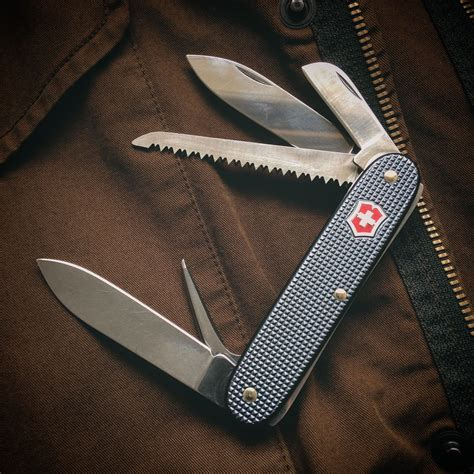 @ Best Survival Blades Victorinox Swiss Army Knife Farmer Gear Test And Review.