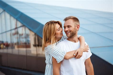 Blog - Aquarius Man Secrets — Anna Kovachs Blog - How To.