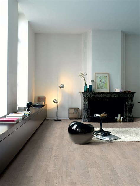 Clm1405 - Old Oak Light Grey  Interiors  Grey Laminate .