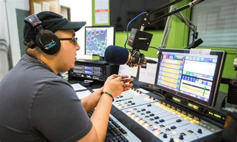 [click]careers In Radio Broadcasting Options And Requirements.
