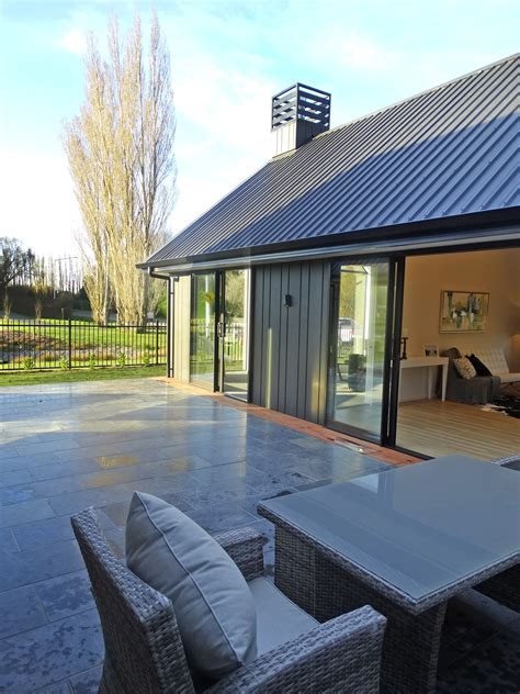 [pdf] Courtyards For Modern Living Contemporary Outdoor Spaces .