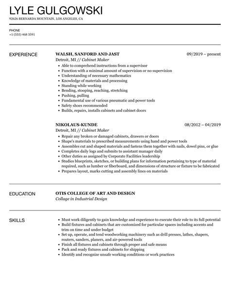 custom cabinet maker resume