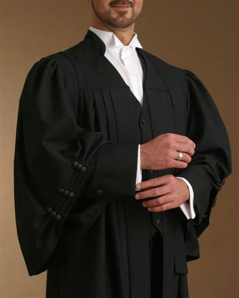 Dress Code Of A Lawyer In India