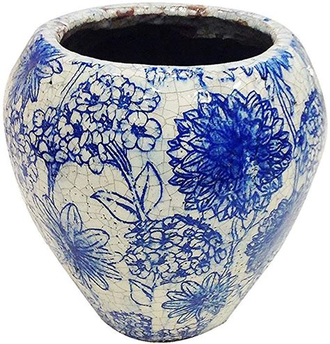 Elegant Old World Blue And White Floral Pattern .