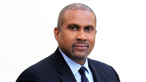 [pdf] For Immediate Release - Tavis Smiley.