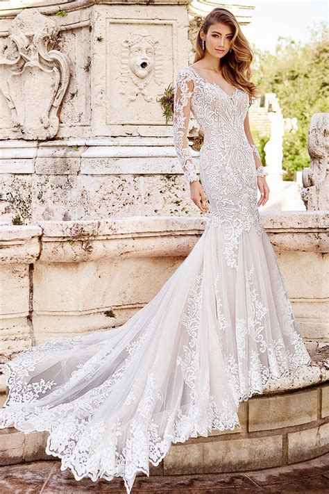 Fit N Flare Wedding Dress
