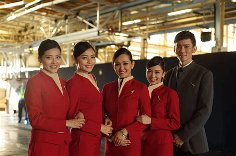 [pdf] Flight Attendant London Base - Cathay Pacific.