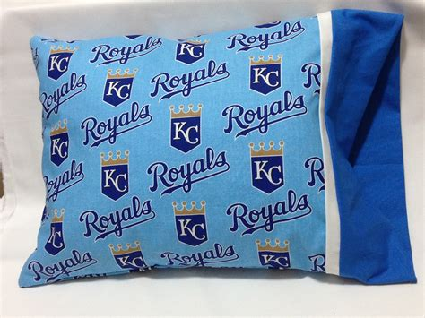 [pdf] Floriani Embroidery Project Travel Pillow Case.