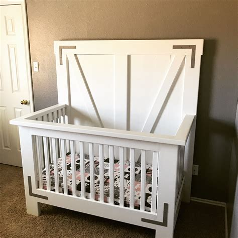 Free Farmhouse Crib Plans