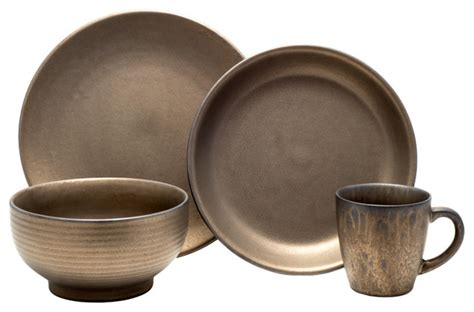 Gaia Group Usa Llc Independence 16-Piece Dinnerware Set .