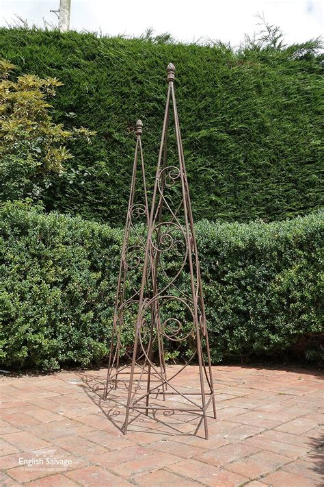 Garden Metal Sculpture Scroll Work Obelisk