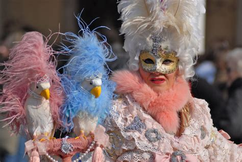 Get masked for your special Venice Carnival