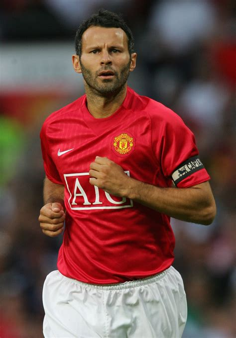 [click]giggs - Home  Facebook.