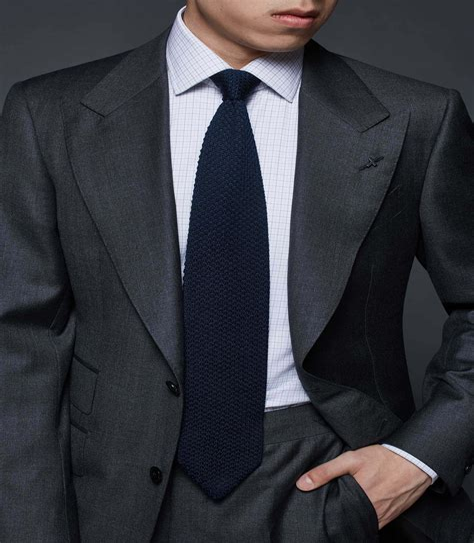 Grey Peak Lapel Men's Suits