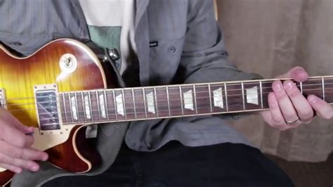 @ Guitar Tricks - Youtube.