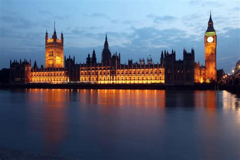 [pdf] Houses Of Parliament.