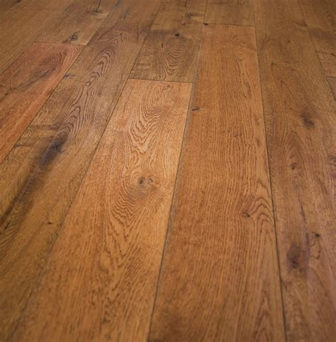Hot Sale French Oak Prefinished Engineered Wood Floor .