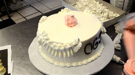 How To Decorate Wedding Cupcakes - Youtube.