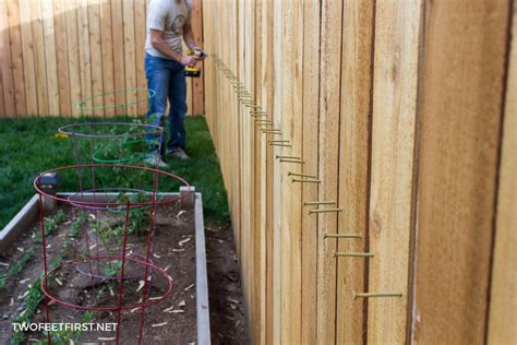 How To Install Cedar Fence Pickets
