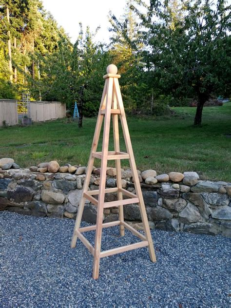 How To Make An Obelisk Trellis