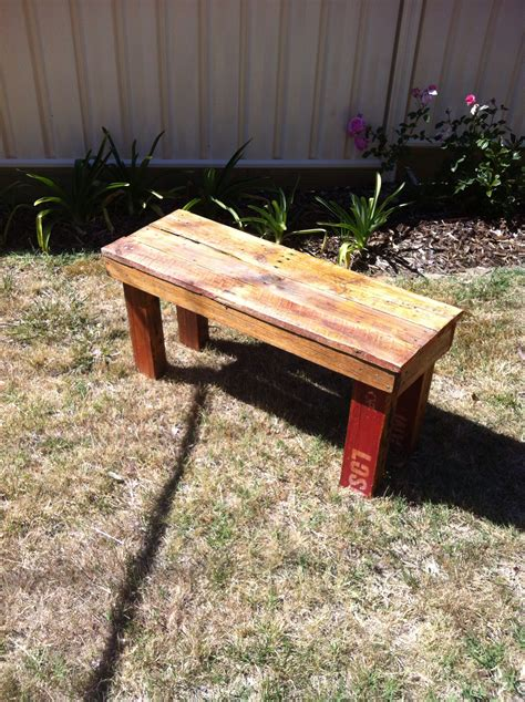 How To Make Bench From Pallets