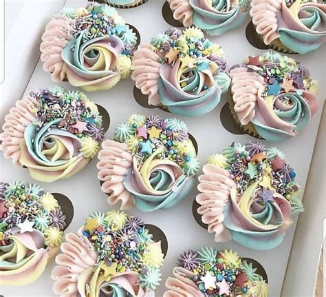 How To Decorate Wedding Cupcakes Cupcake Tutorials - Youtube.