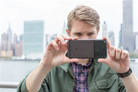 [click]how To Shoot Great Video With Your Smartphone - The Verge.