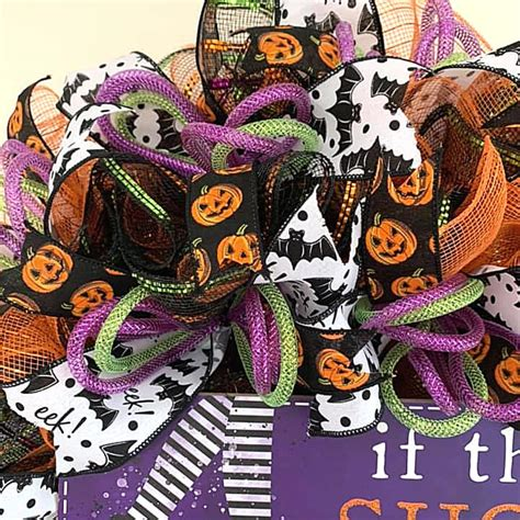 If The Shoe Fits Halloween Sign   Jane S Front Door Decor.