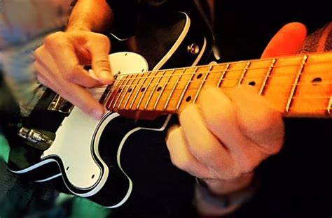 Killer Vibrato: How To Master Five Essential Performance.
