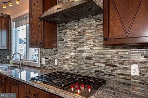 Kitchen Tile Backsplash Ideas Granite Counters