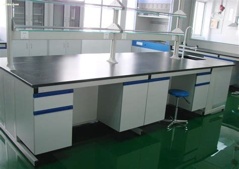 Lab Workbench Manufacturer