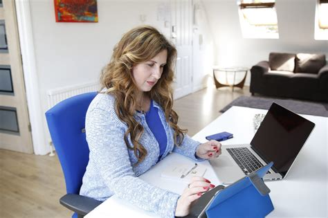 Lawyer Writing A Will