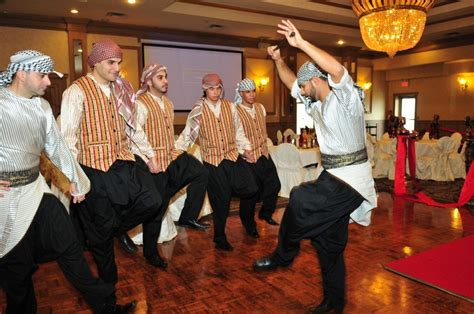 [click]learn How To Dance Dabke.