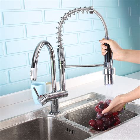 Lisbon Kitchen Sink Faucet With Pullout Sprayer.