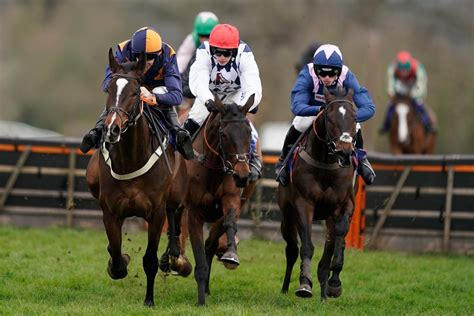 Live Racing & Simulcast Racing Bets Lakes Lucky Picks Finger.