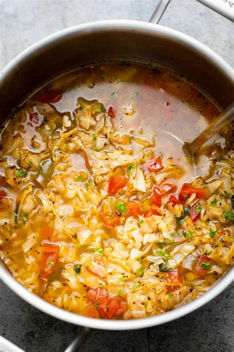 Lose Weight And Feel Great With Cabbage Soup & A Healthy Diet.